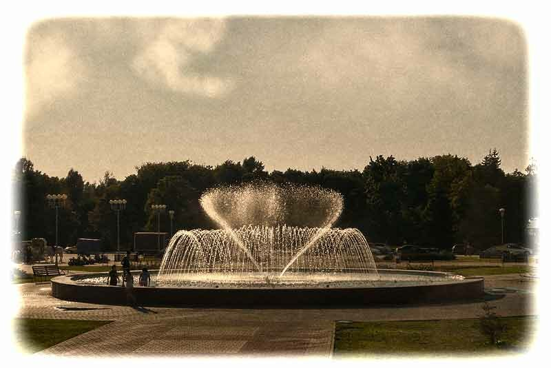 """Белгородский фонтан """"Салют"""" - Музейная площадь"""