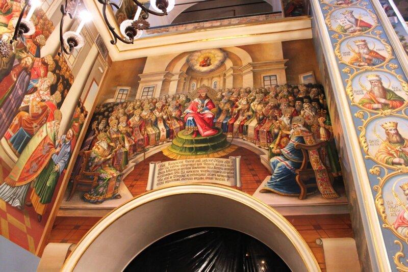 Роспись стен в Успенском соборе