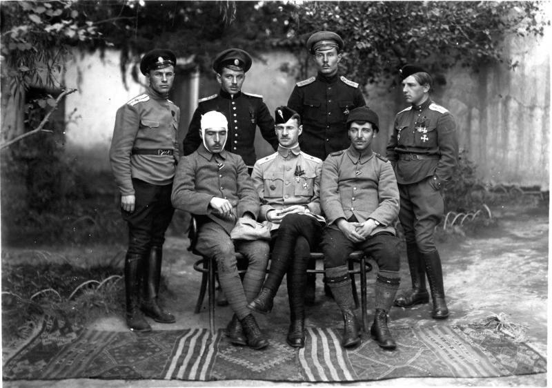 Группа летного состава. 1917.jpg