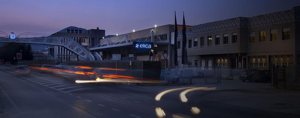 завод кухонных вытяжек Elica