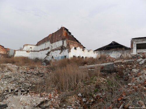 Заброшенное здание на ул.Чкалова 1