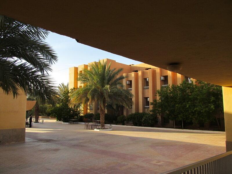 Алжир. Гардая. Отель Djanoub
