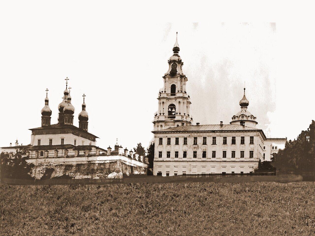 Вид с Волги на Кафедральный собор