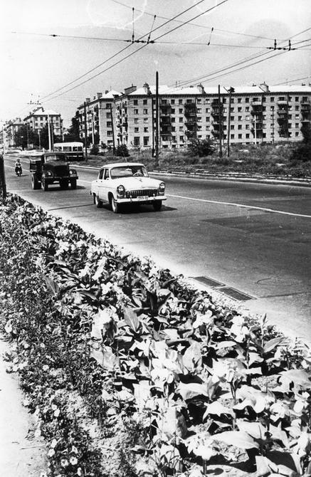 1961.07. Брест-Литовское шоссе на пересечении с улицей Николая Шпака