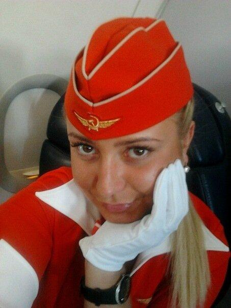 Откровенная фотография стюардессы  Аэрофлота