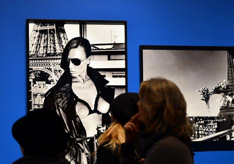 Выставка эротической фотографии...