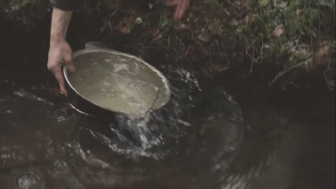 набор воды из водоема