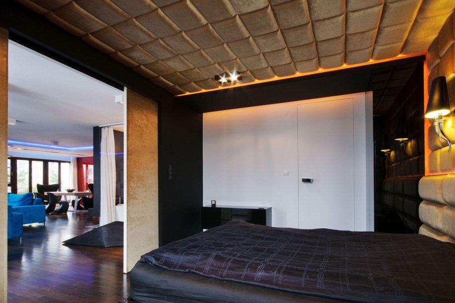 Необычная квартира в центре Варшавы от HOLA Design