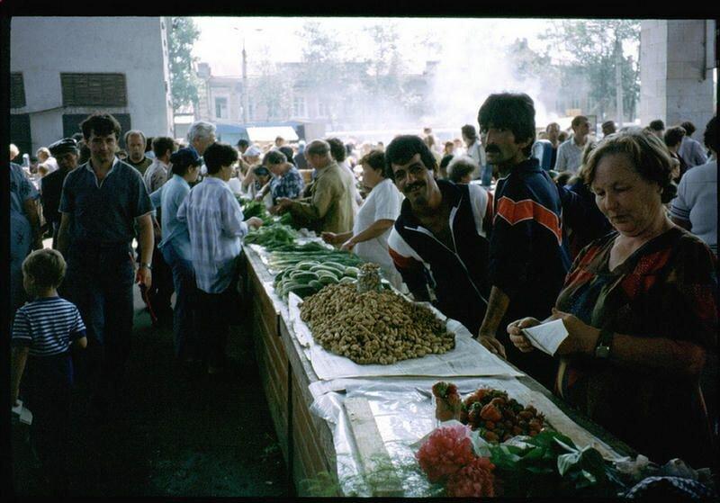133. На иркутском рынке