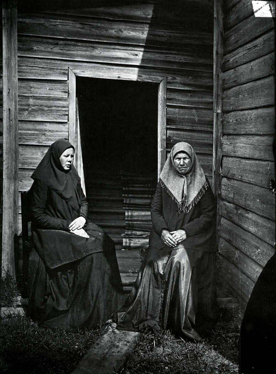 Чернухинский скит. Уставщицы. 1897 г.