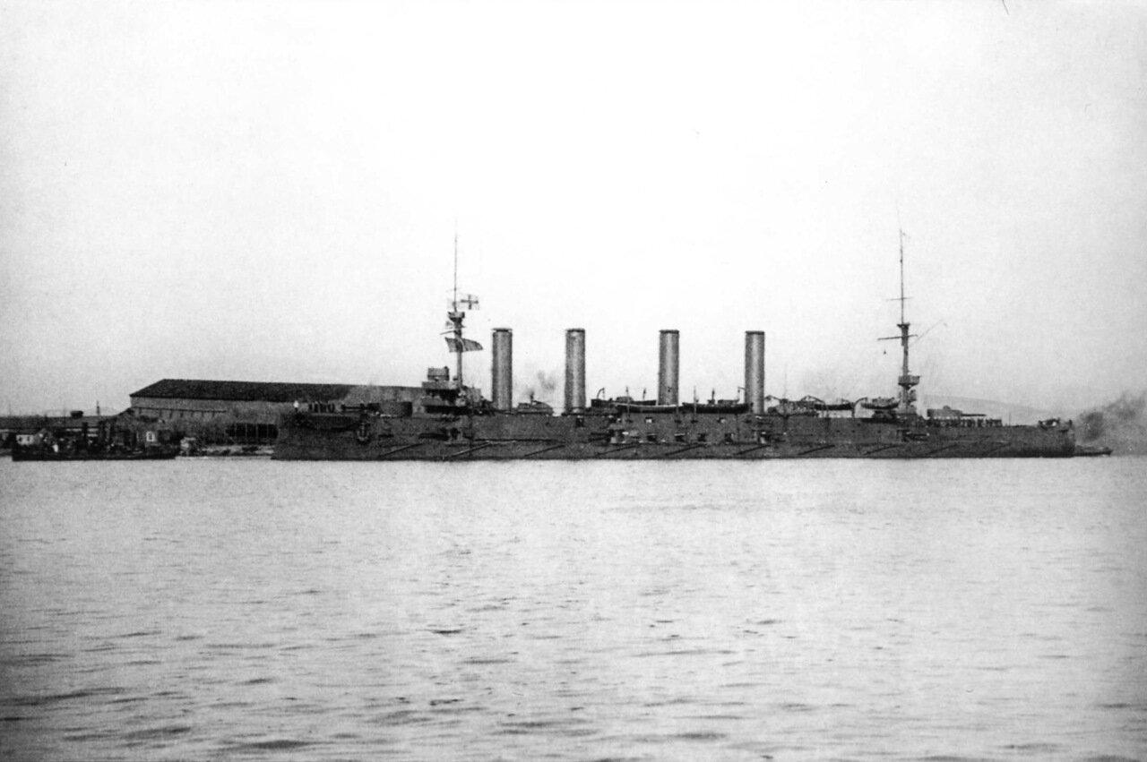 Броненосный крейсер Баян в Порт-Артуре, 1904 год