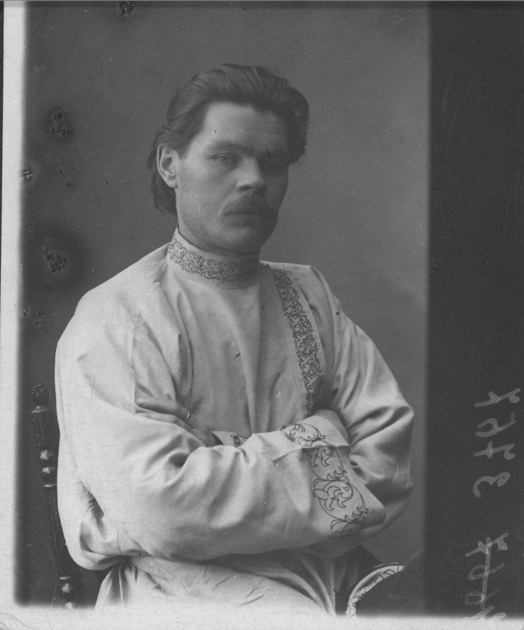 Портрет А. М. Горького в белой косоворотке г. Нижний Новгород Фото М. П. Дмитриев  1898-1899 гг.