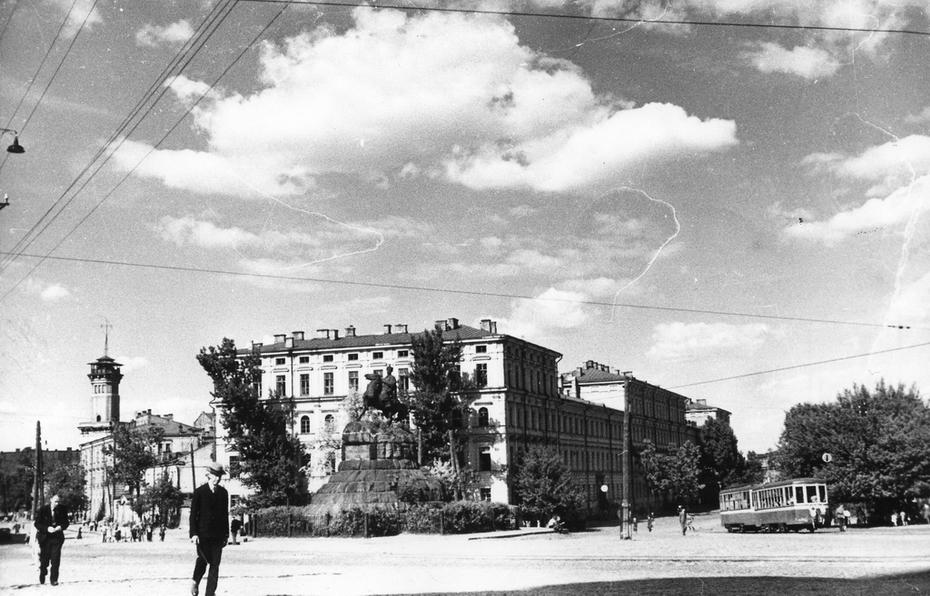 1946. Площадь Богдана Хмельницкого