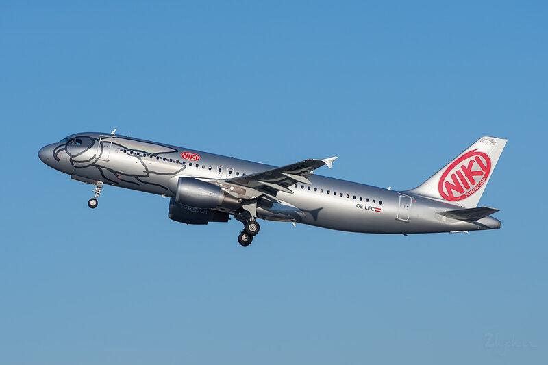 Airbus A320-214 (OE-LEC) Niki DSC7189