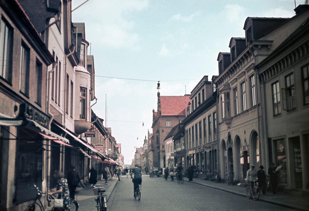 1945 Kalmar Sweden.jpg