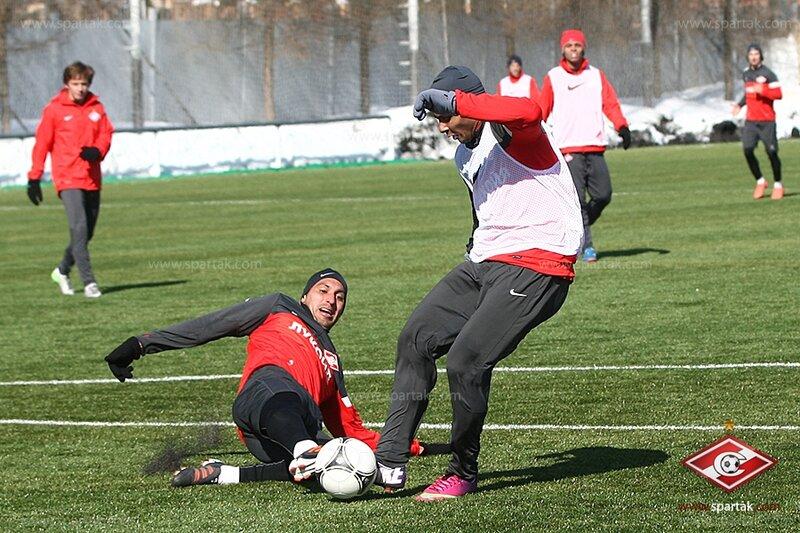 Тренировка «Спартака» в снежной Тарасовке (Фото)