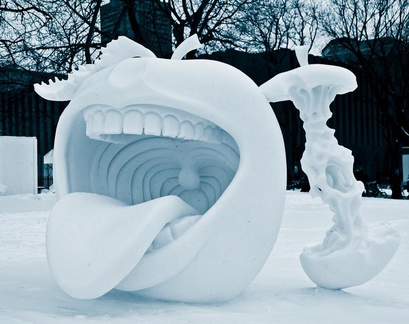Удивительные снежные скульптуры