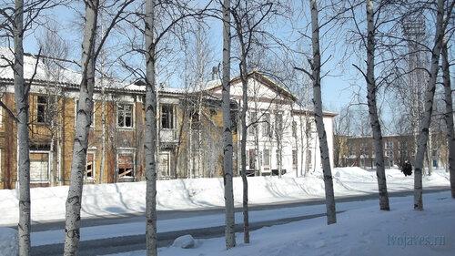 Фото города Инта №4040  Кирова 30 и 28 25.03.2013_12:12