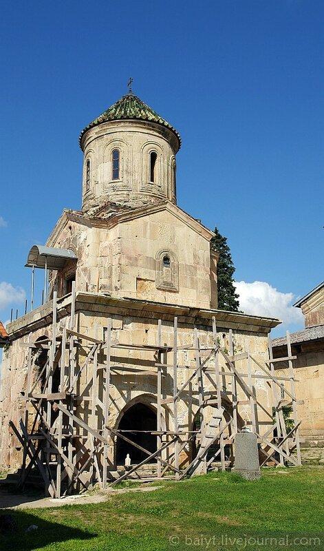 Церковь св. Николая в Гелати