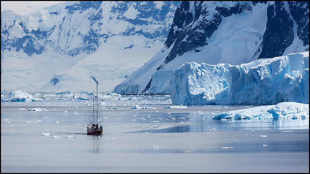 Антарктический полуостров. Отважный.jpg