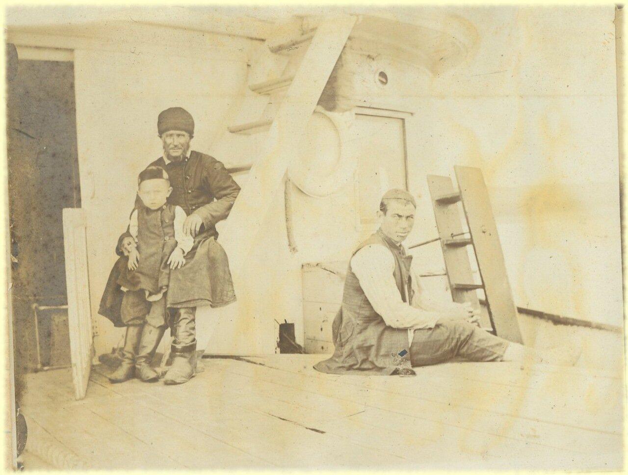 На пароходе Москва. Типы казанских татар. Проездом по Каме