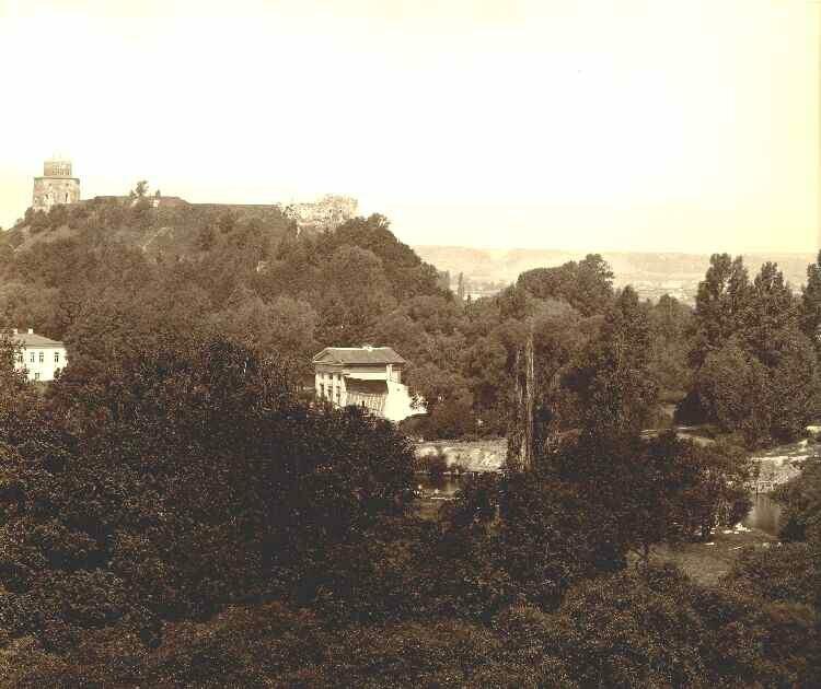 35. Панорама города