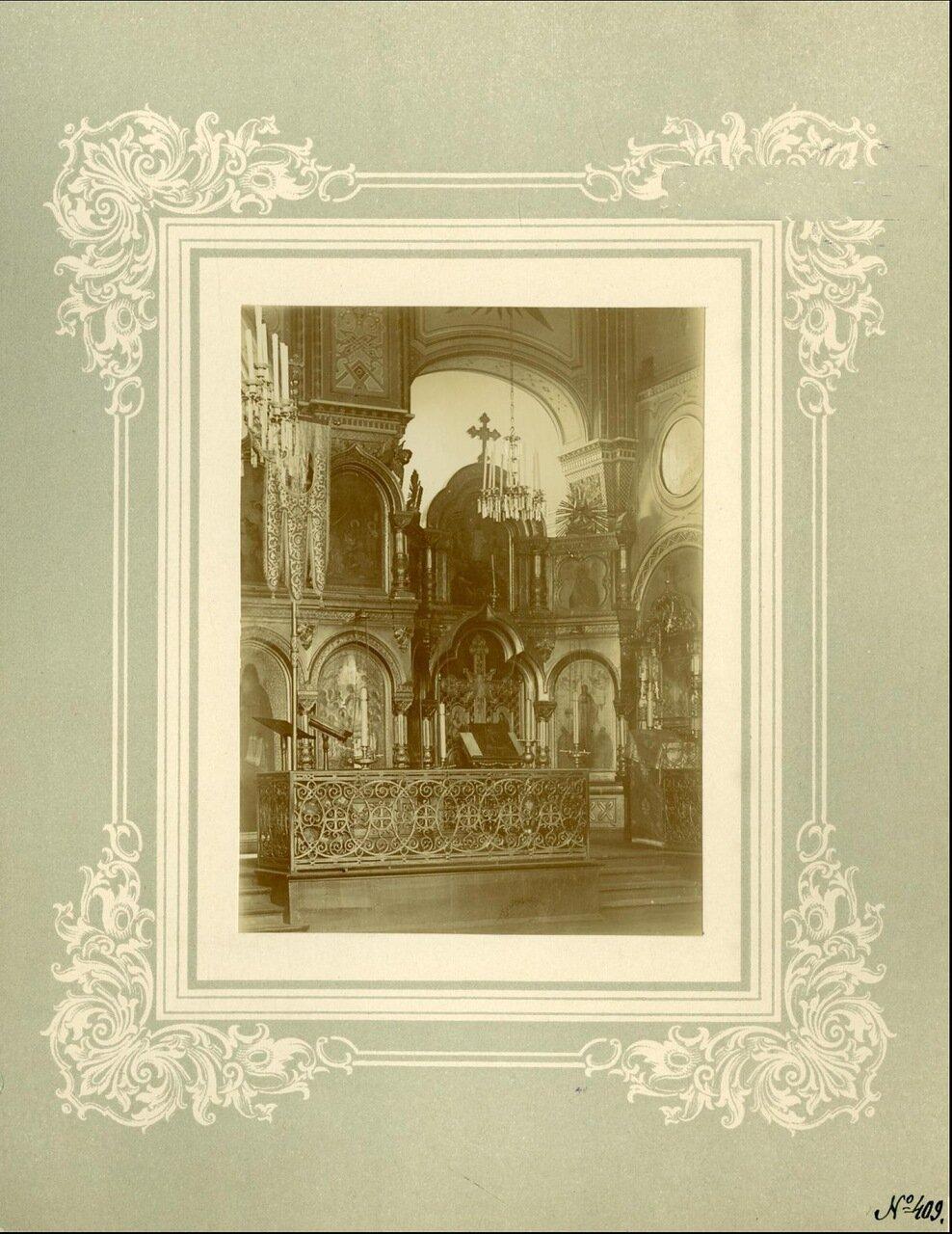 Крестовая Успенская церковь при Митрополичьих покоях, иконостас правого придела