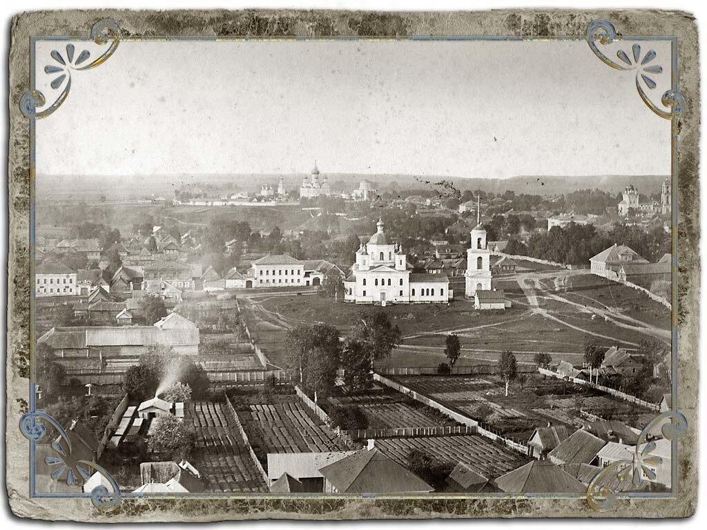 Вид с колокольни Воскресенского собора на южную часть города, 1880 год.