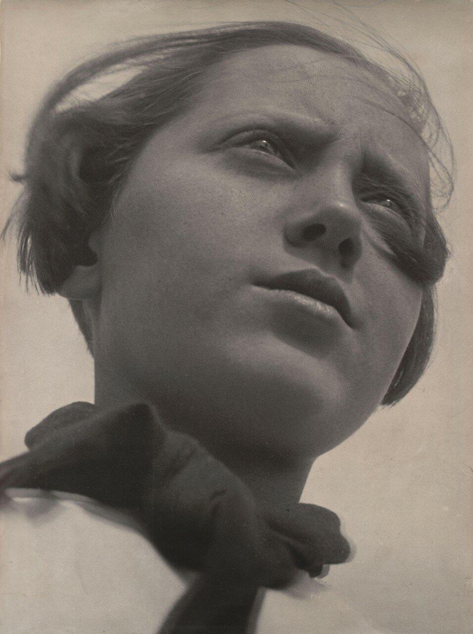 1930. Пионерка
