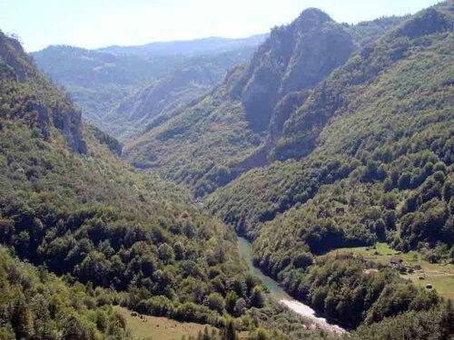 Анна Печенова, Черногория, река Тара, каньон
