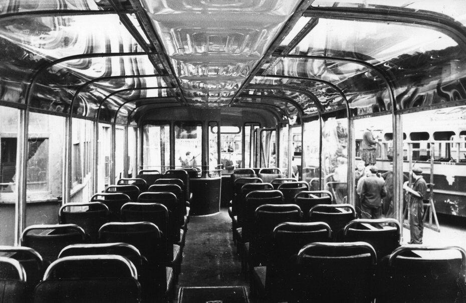 1958.07.03. Салон троллейбуса ТБЭ-С производства КЗЭТ имени Дзержинского