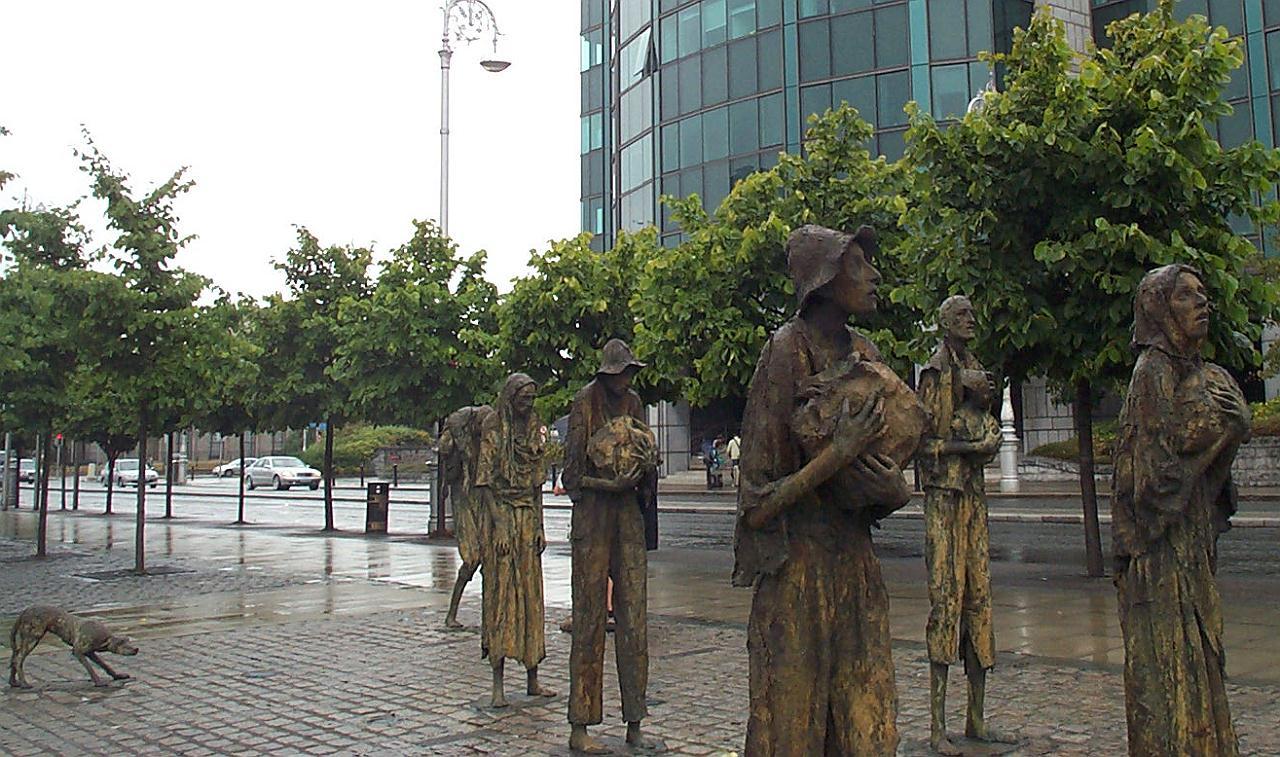 Мемориал жертвам голода (1845-1849)_1997_ Ирландия, Дублин