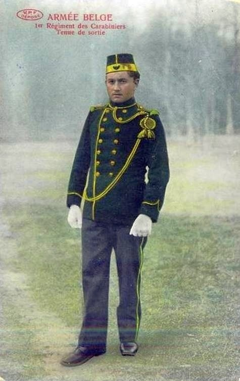 carabiniers-1rgt-tenue-sortie-photo.jpg