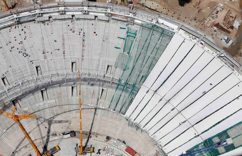 Стадион Маракана готовится к чемпионату мира 0 d9b78 bba0ba10 XL чемпионаты футбол фотографии стадионы Рио де Жанейро реконструкции Маракана Бразилия