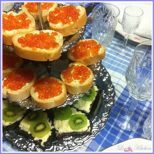 Бутерброды с чесноком сыром и киви — photo 3