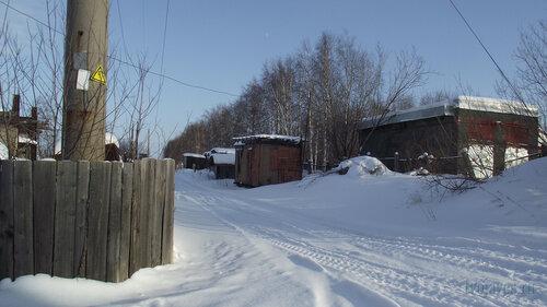 Фото города Инта №3785  Вид в восточном направлении от северо-восточного угла Чернова 8 19.02.2013_13:00