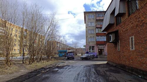 Фото города Инта №4377  Мира 43, Воркутинская 7, Мира 45 и 45а 07.05.2013_13:29