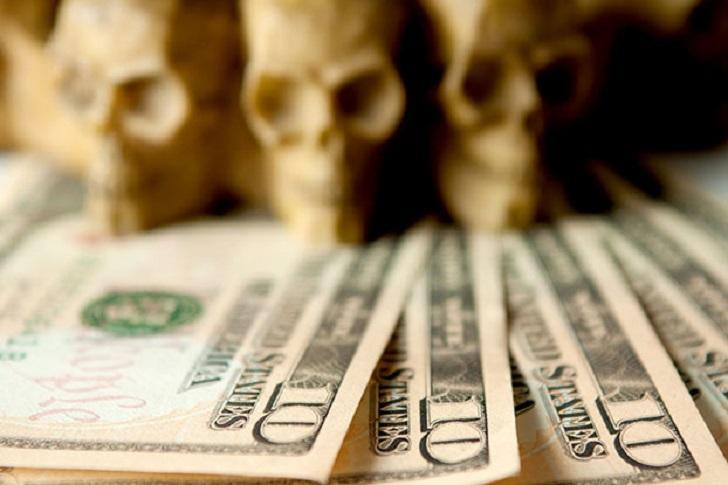 1. Ежегодно американцы тратят порядка 7 миллиардов долларов на Хеллоуин.