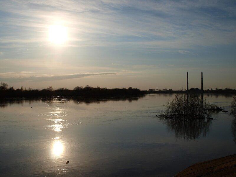 Рассвет над рекой P4281197