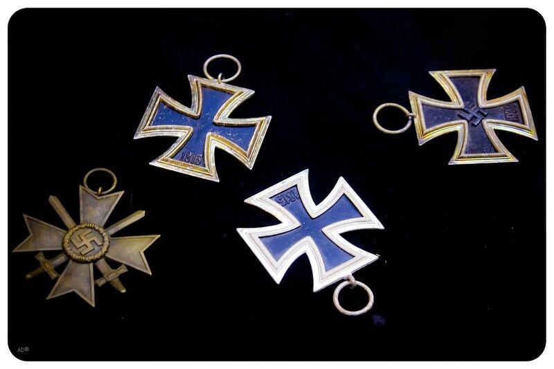 Железные немецкие кресты, предназначенные для награждения солдат за взятие Москвы