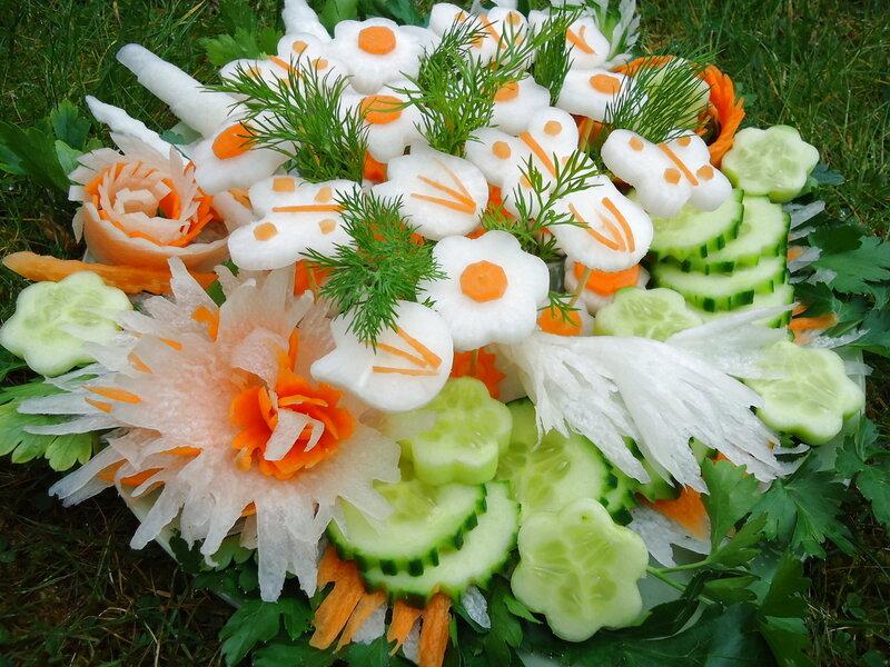 Красивая овощная нарезка для салата