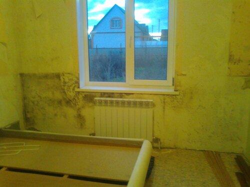 Заделка швов и трещин в деревянном доме