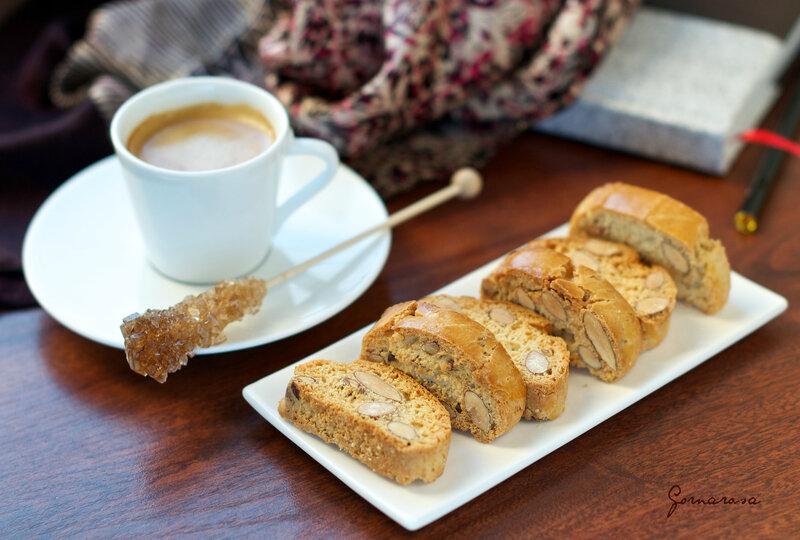 Тосканское миндальное печенье «Кантуччи».