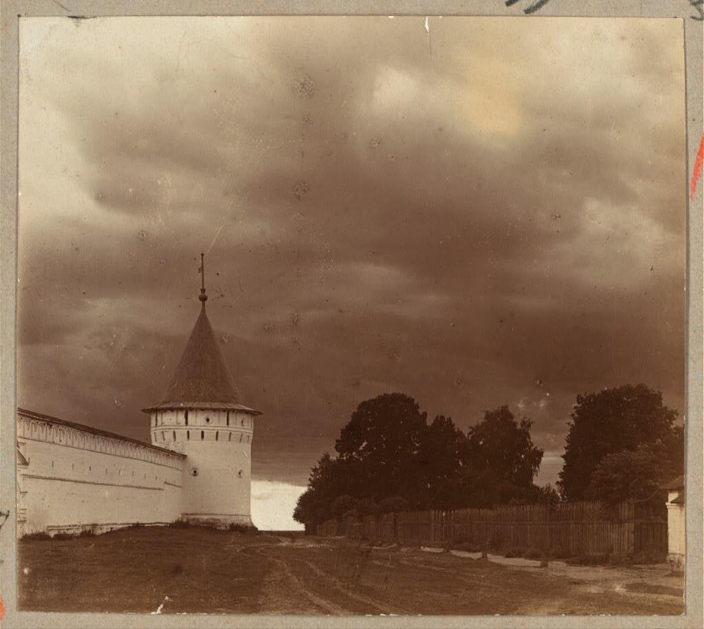 Ограда Ипатьевского монастыря