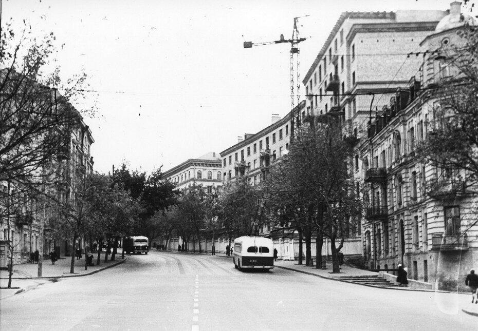 1955.11. Пересечение улиц Артема и Студенческой