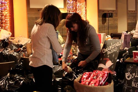 сбор подарков в дома престарелых