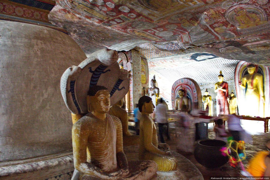 Шри-Ланка_Пещерный храм_08