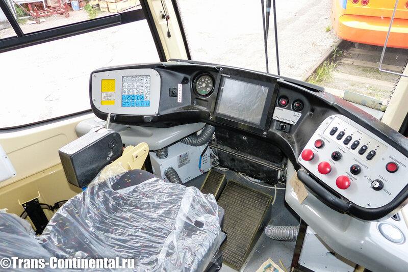 Рабочее место водителя трамвая 71-623