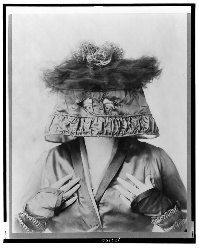 Marie Dressler In the Lamp Shade Hat