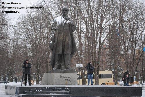 199 лет Шевченко отметили в Луганске